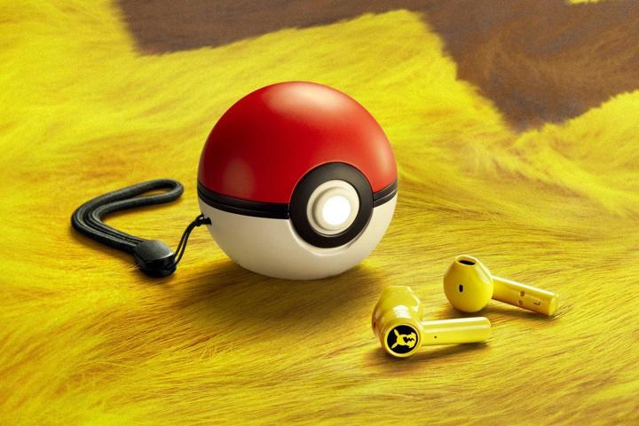 Razer_Pikachu_TWS_Earphones_06.jpg