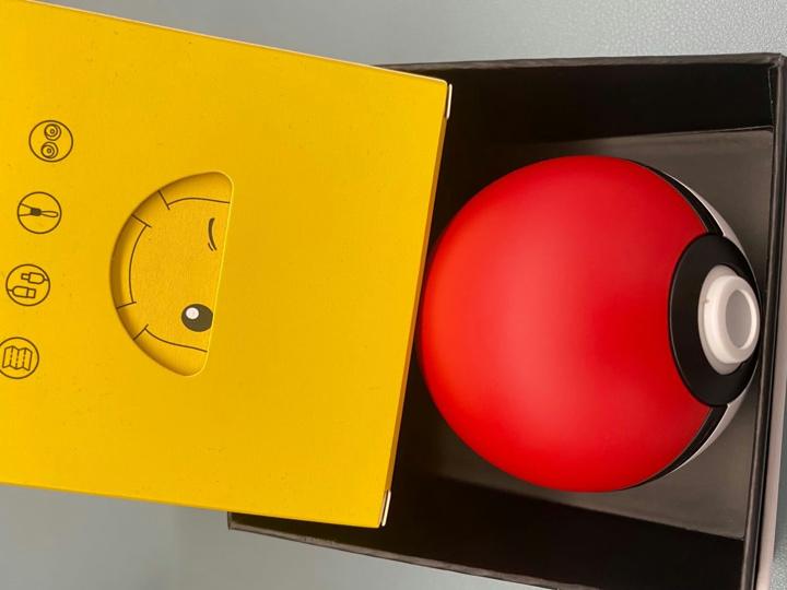 Razer_Pikachu_TWS_Earphones_10.jpg