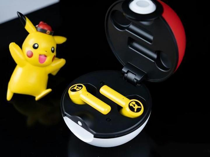 Razer_Pikachu_TWS_Earphones_16.jpg