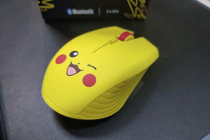Razer_Pikachu_Wireless_Mouse_06.jpg