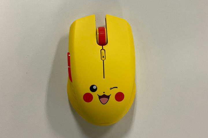 Razer_Pikachu_Wireless_Mouse_10.jpg