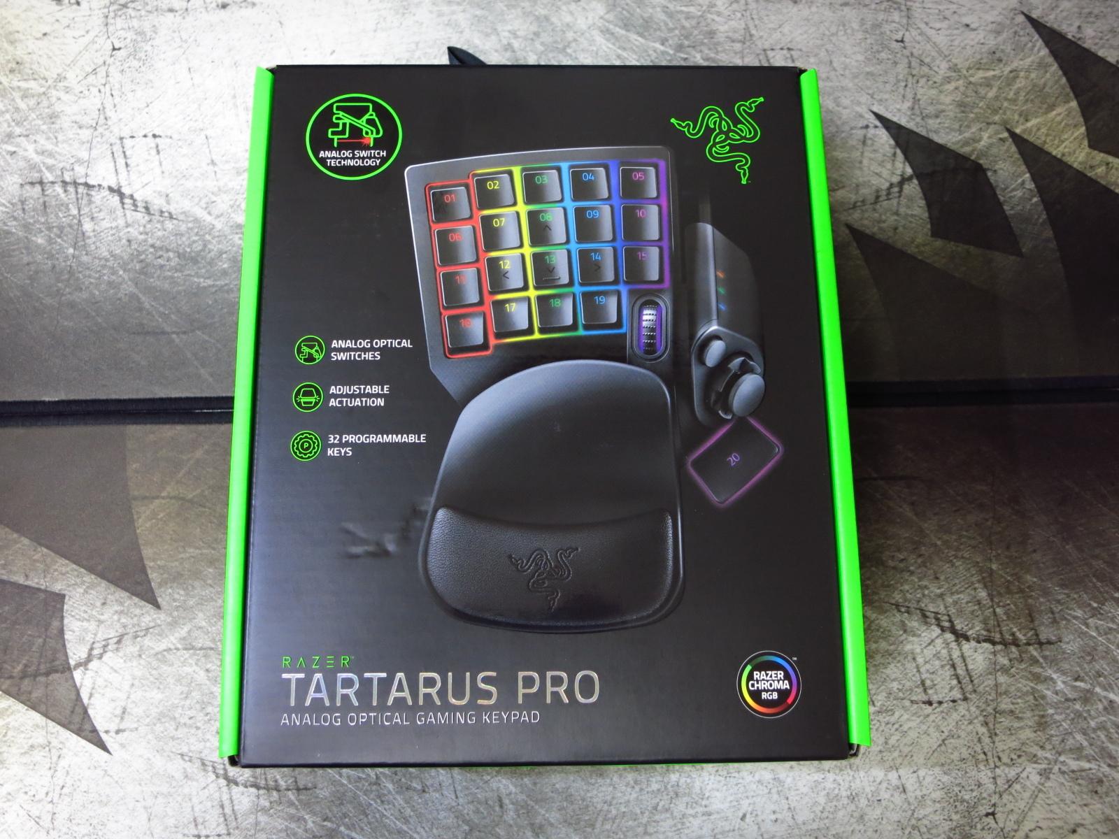 Razer_Tartarus_Pro_02.jpg