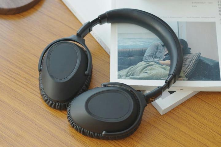 SENNHEISER_PXC_550-II_Wireless_05.jpg