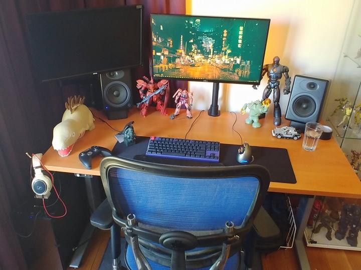 Show_Your_PC_Desk_Part181_37.jpg