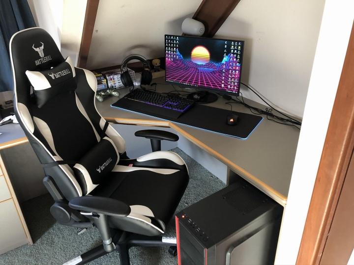 Show_Your_PC_Desk_Part181_67.jpg