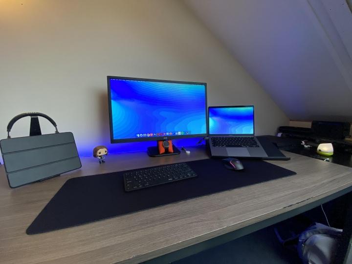 Show_Your_PC_Desk_Part181_73.jpg