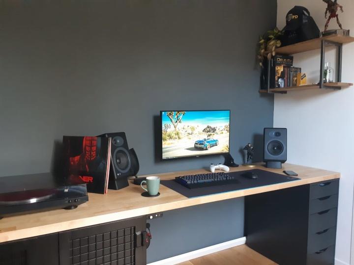 Show_Your_PC_Desk_Part182_13.jpg