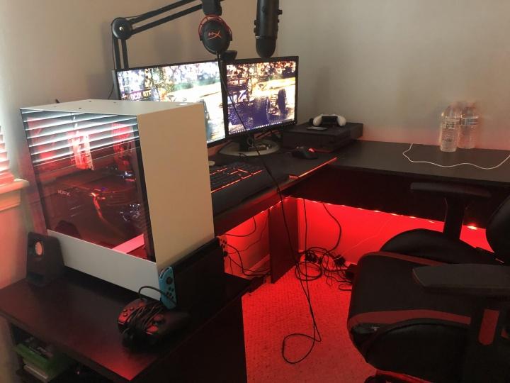 Show_Your_PC_Desk_Part182_24.jpg