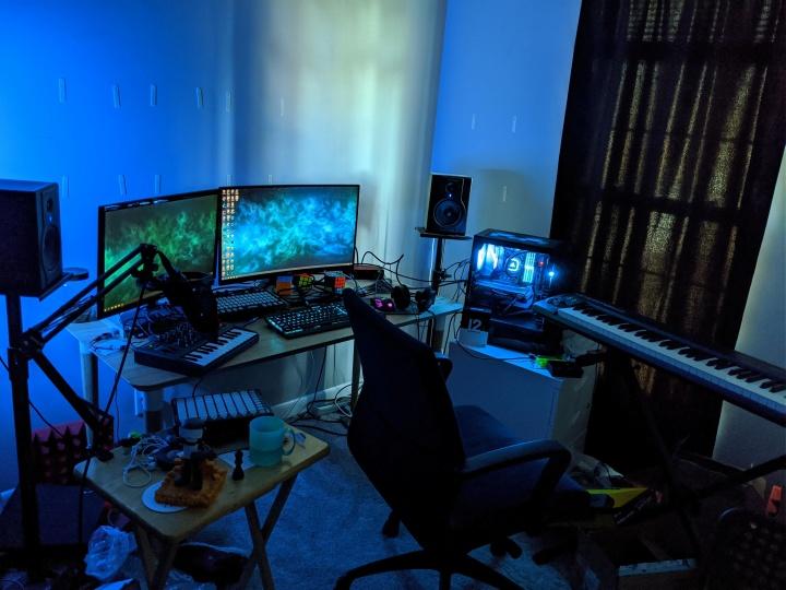 Show_Your_PC_Desk_Part182_32.jpg