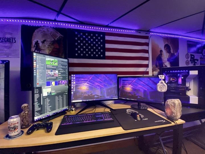 Show_Your_PC_Desk_Part182_49.jpg