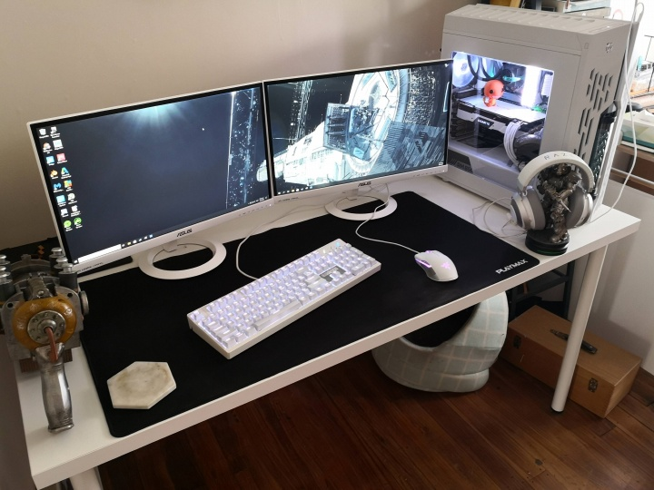 Show_Your_PC_Desk_Part182_61.jpg