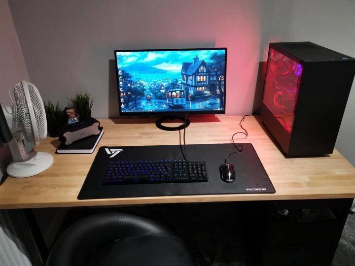 Show_Your_PC_Desk_Part182_79.jpg