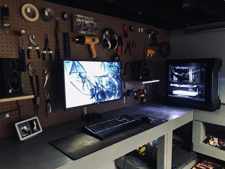 Show_Your_PC_Desk_Part186_23.jpg