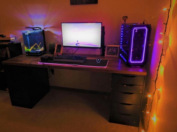 Show_Your_PC_Desk_Part186_32.jpg