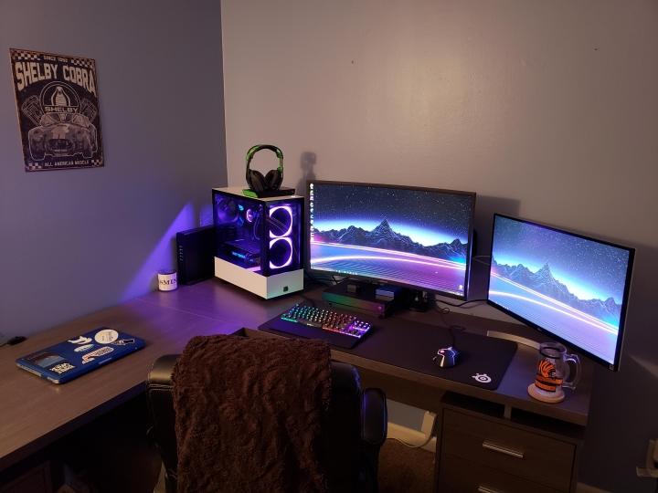 Show_Your_PC_Desk_Part186_36.jpg