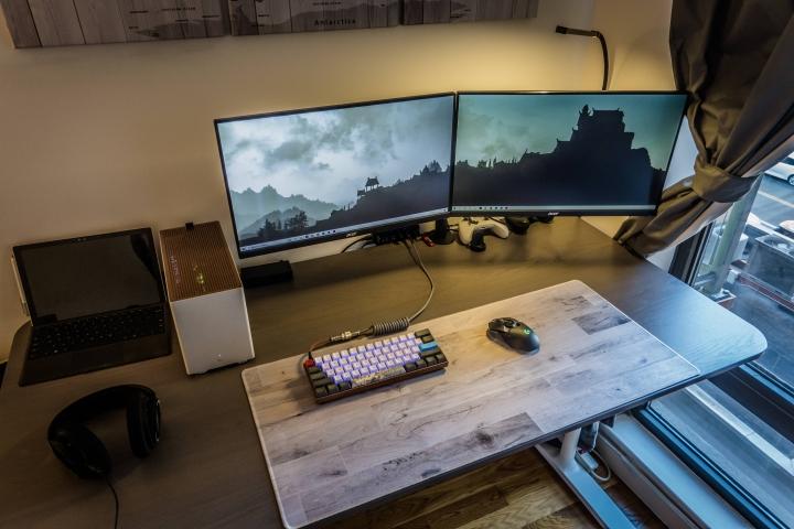 Show_Your_PC_Desk_Part186_43.jpg