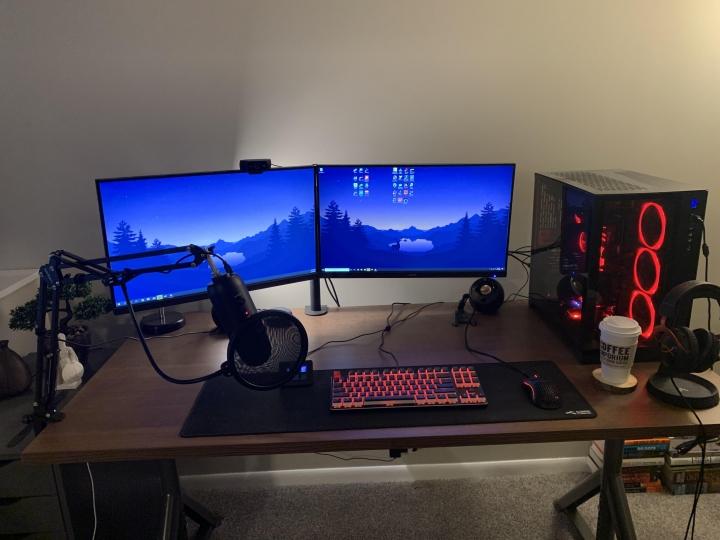 Show_Your_PC_Desk_Part186_45.jpg