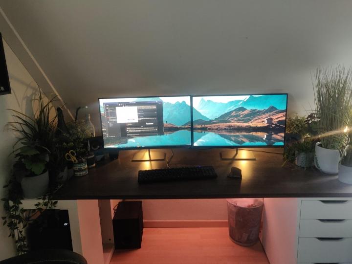 Show_Your_PC_Desk_Part186_71.jpg