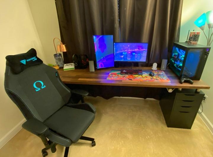 Show_Your_PC_Desk_Part186_84.jpg