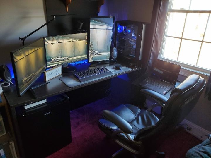 Show_Your_PC_Desk_Part186_88.jpg