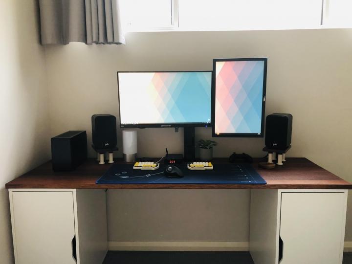 Show_Your_PC_Desk_Part186_90.jpg