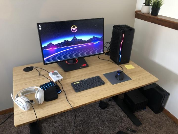 Show_Your_PC_Desk_Part187_02.jpg