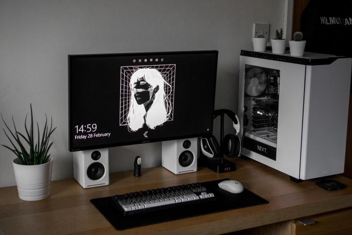 Show_Your_PC_Desk_Part187_06.jpg