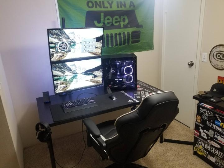 Show_Your_PC_Desk_Part187_12.jpg
