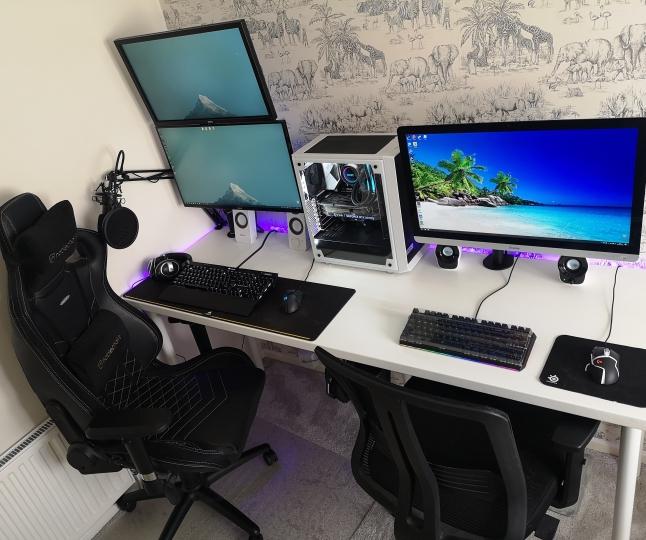 Show_Your_PC_Desk_Part187_17.jpg