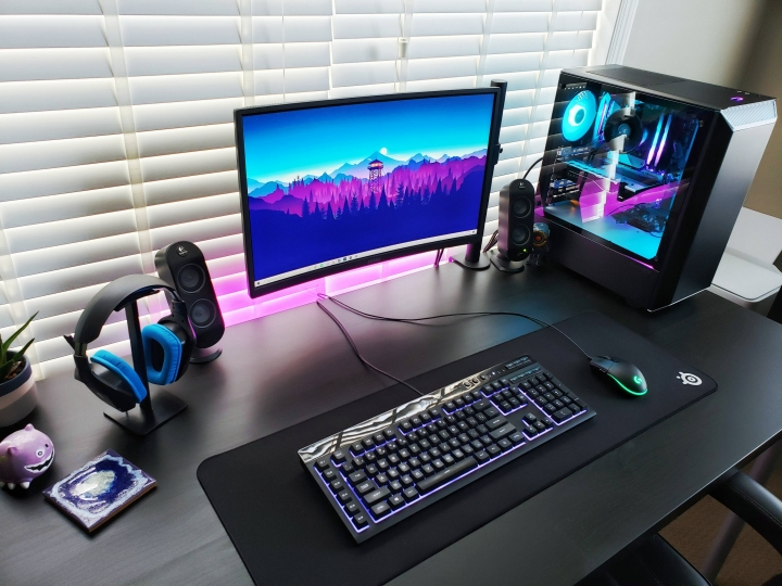 Show_Your_PC_Desk_Part187_26.jpg