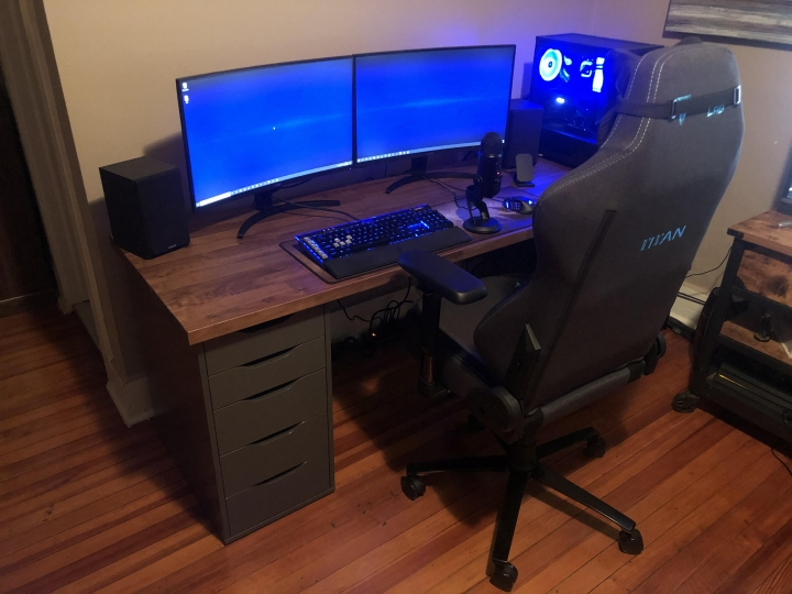 Show_Your_PC_Desk_Part187_28.jpg
