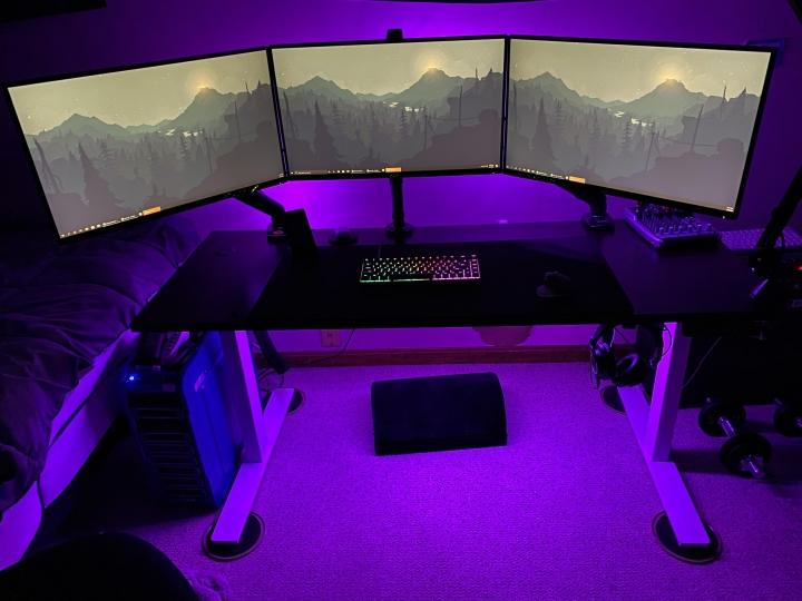 Show_Your_PC_Desk_Part187_45.jpg