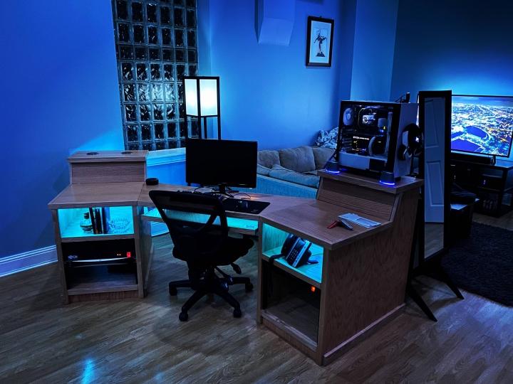 Show_Your_PC_Desk_Part187_51.jpg
