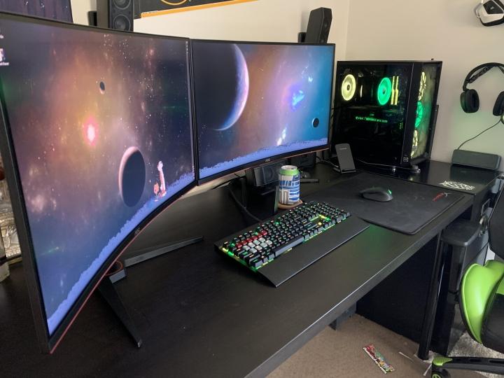 Show_Your_PC_Desk_Part187_52.jpg