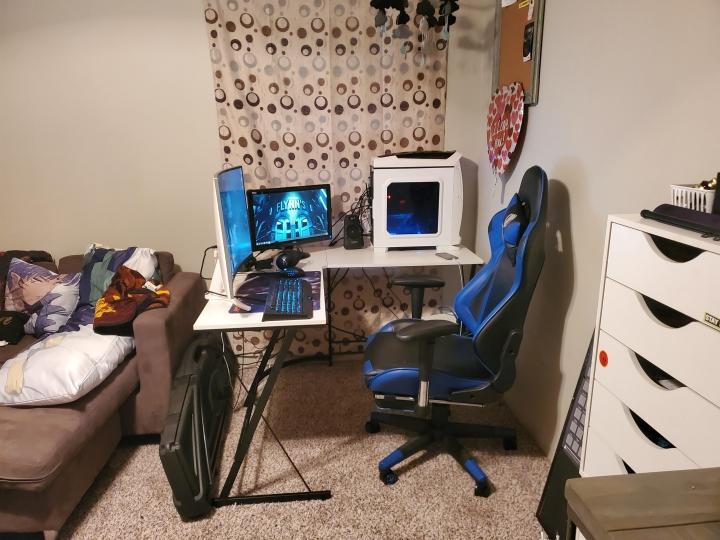 Show_Your_PC_Desk_Part187_64.jpg