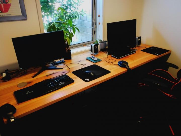 Show_Your_PC_Desk_Part187_73.jpg