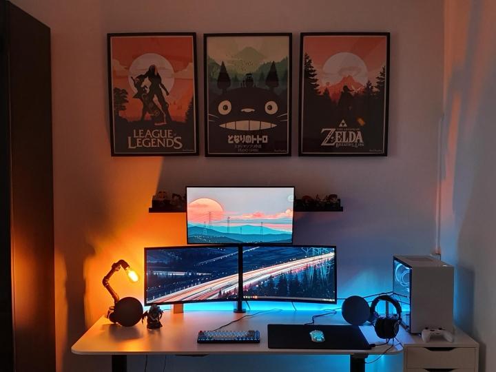 Show_Your_PC_Desk_Part187_84.jpg