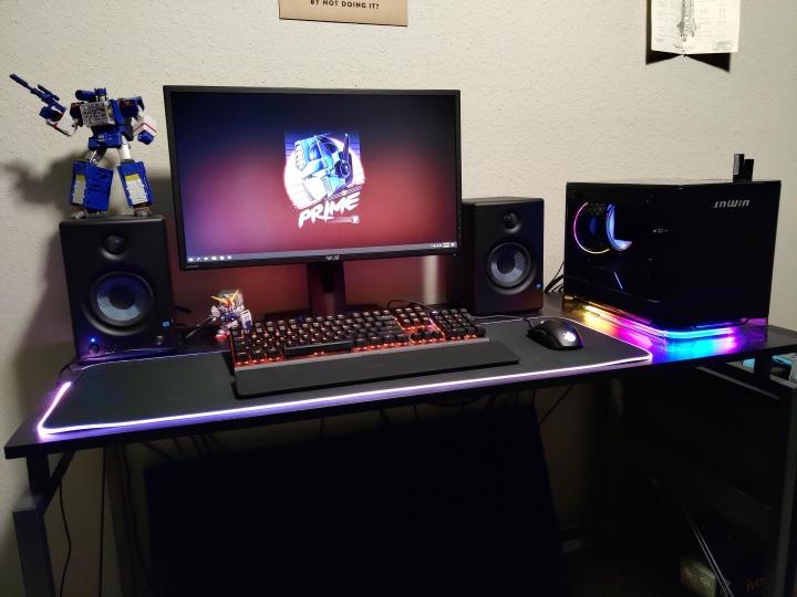 Show_Your_PC_Desk_Part187_94.jpg