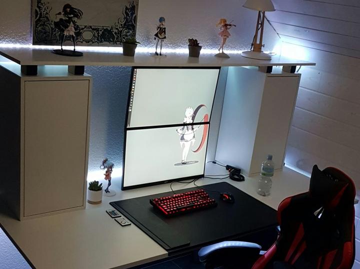 Show_Your_PC_Desk_Part187_99.jpg