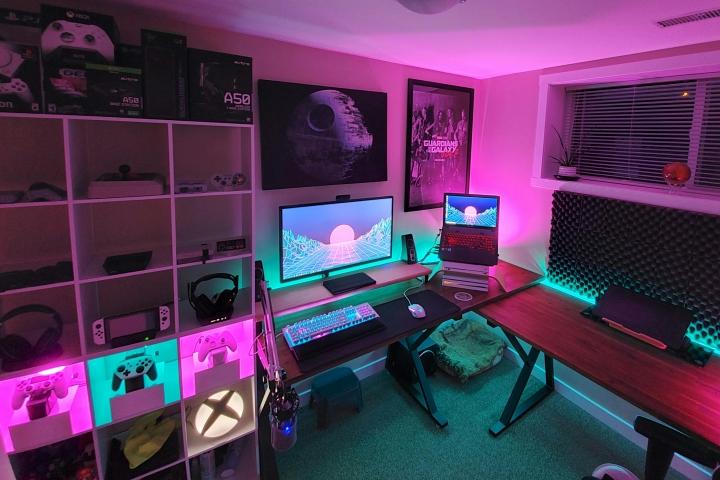 Show_Your_PC_Desk_Part189_01.jpg