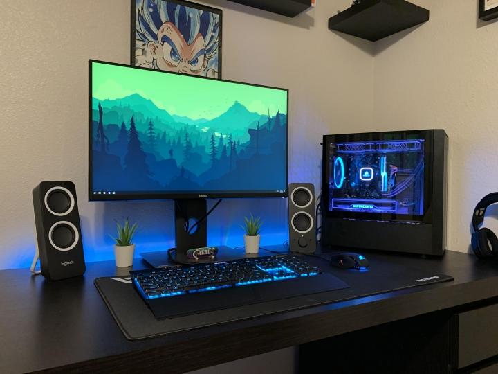 Show_Your_PC_Desk_Part189_06.jpg