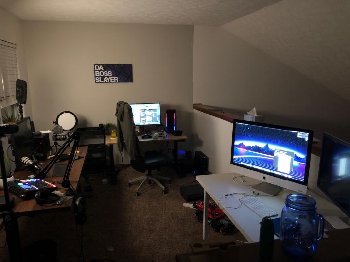 Show_Your_PC_Desk_Part189_09.jpg