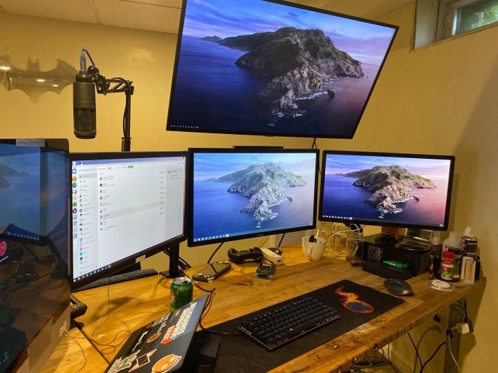 Show_Your_PC_Desk_Part189_18.jpg