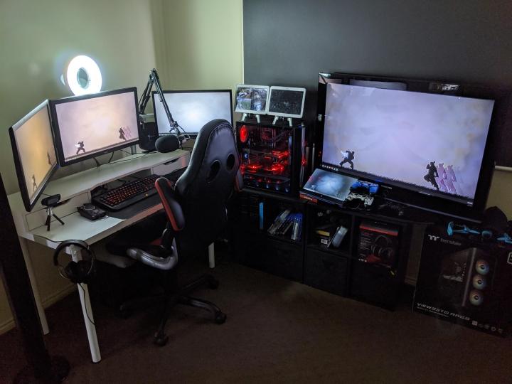 Show_Your_PC_Desk_Part189_24.jpg