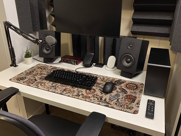 Show_Your_PC_Desk_Part189_29.jpg