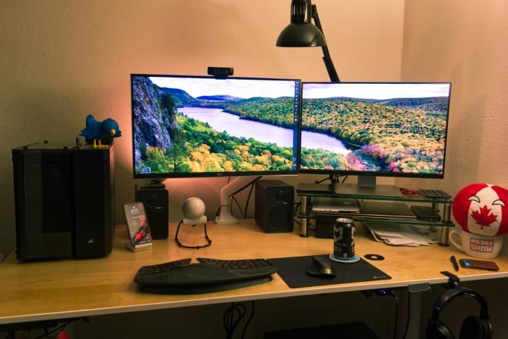 Show_Your_PC_Desk_Part189_30.jpg
