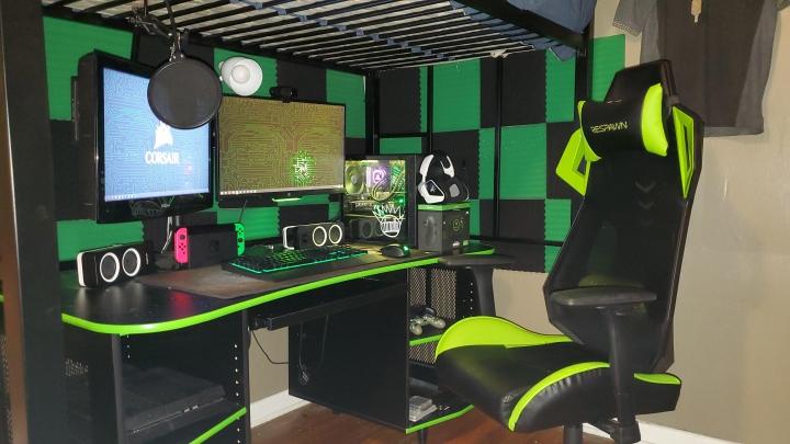Show_Your_PC_Desk_Part189_36.jpg