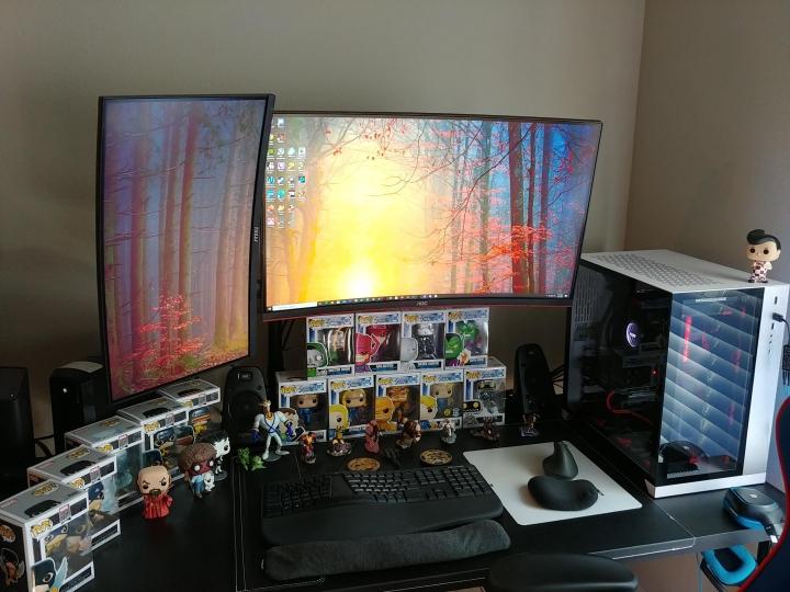 Show_Your_PC_Desk_Part189_43.jpg
