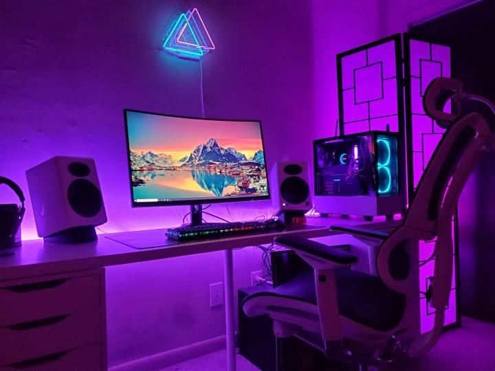 Show_Your_PC_Desk_Part189_49.jpg