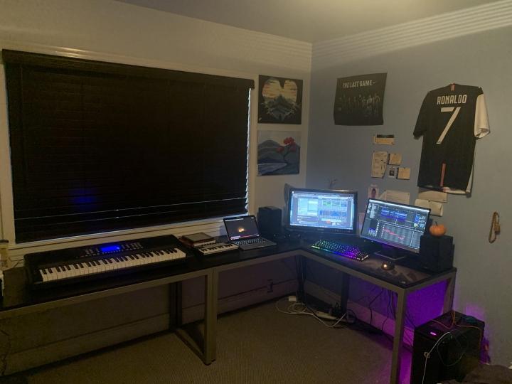 Show_Your_PC_Desk_Part189_52.jpg